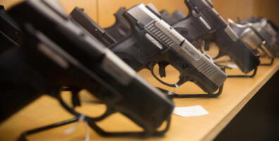 Illinois gun permit applications up 500%
